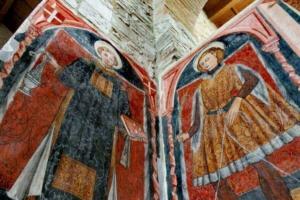Basso rilievi nella chiesa antica dell'Incompiuta di Venosa