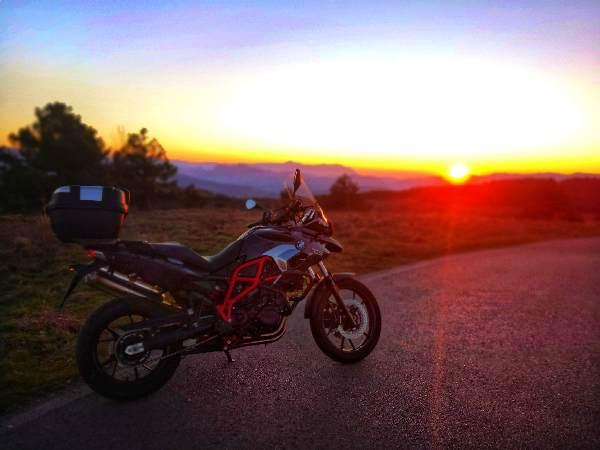 playlist per i viaggi in moto